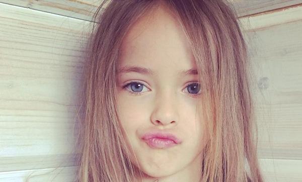 Photo of Voici la plus belle fille du monde ! Les plus grands noms de la mode s'arrachent cette mannequin… et elle n'a que 9 ans…