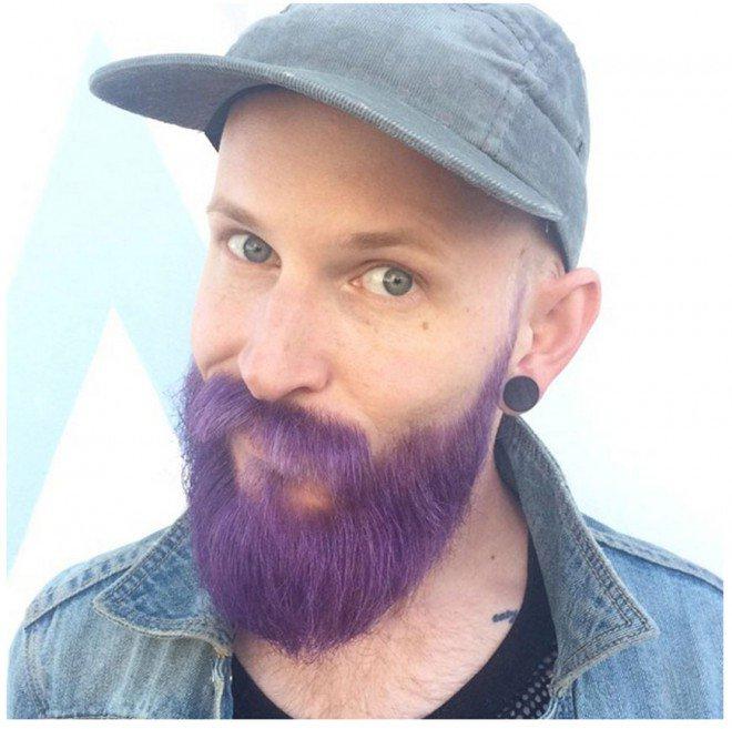 Photo of La coloration flashy pour barbe : ça passe ou ça casse ?