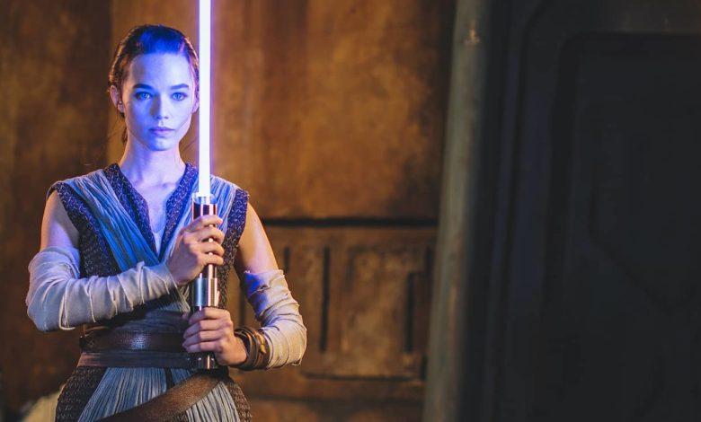 Photo of Disney dévoile son premier «vrai» sabre laser rétractable
